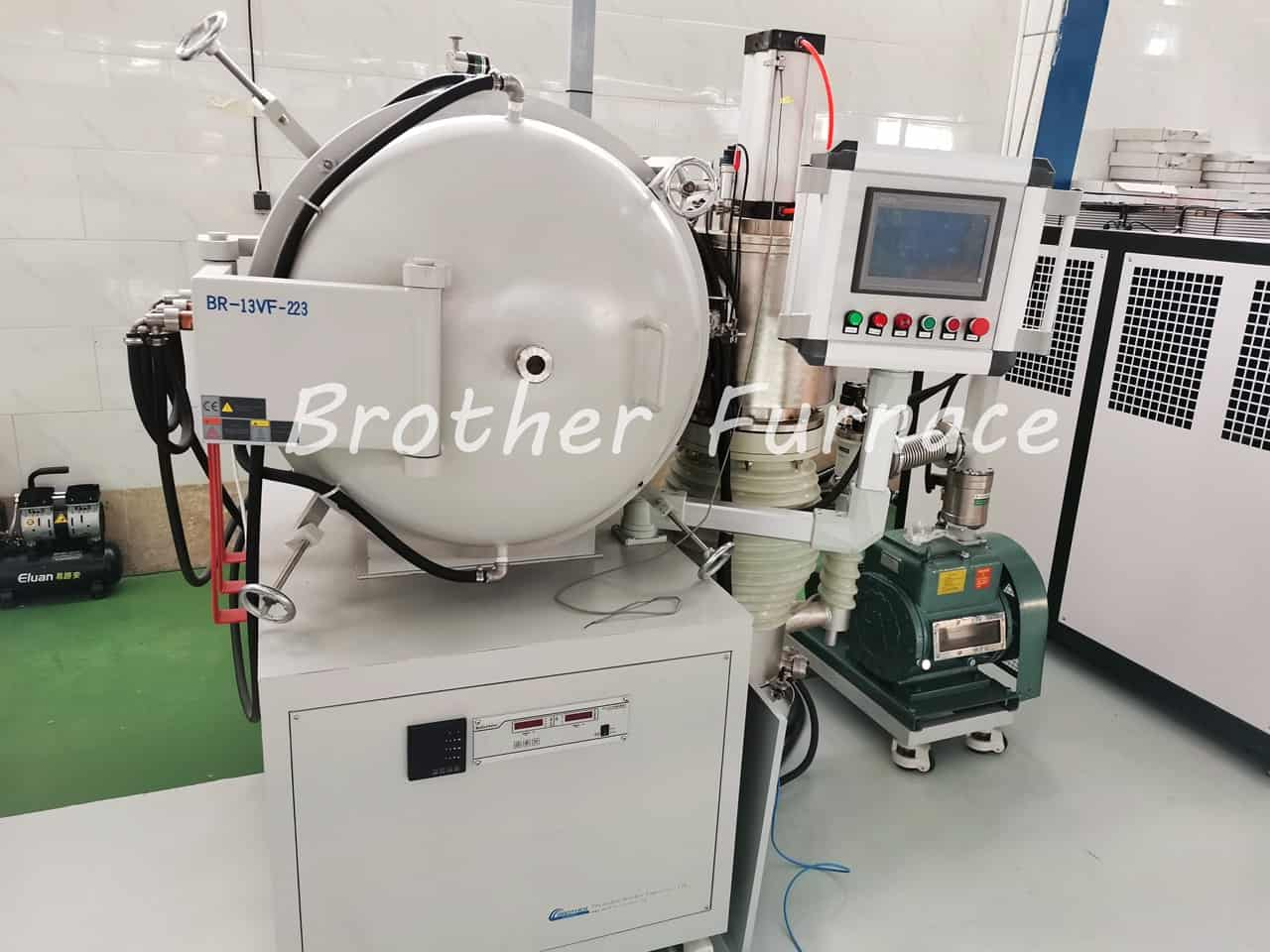 vacuum brazing furnace in lab